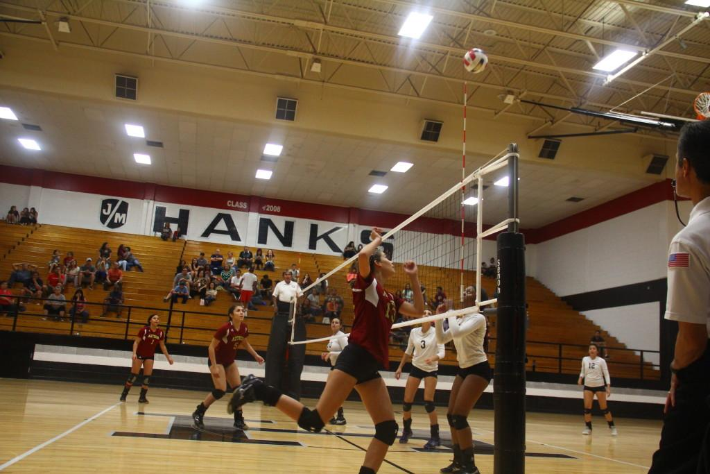 Varsity+Volleyball+Win+At+Hanks