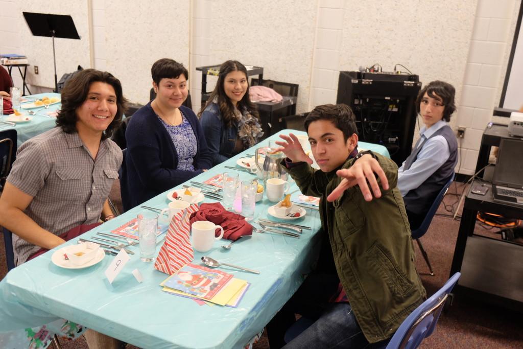 French Pen Pal Banquet – Aztec Gold Online Newspaper