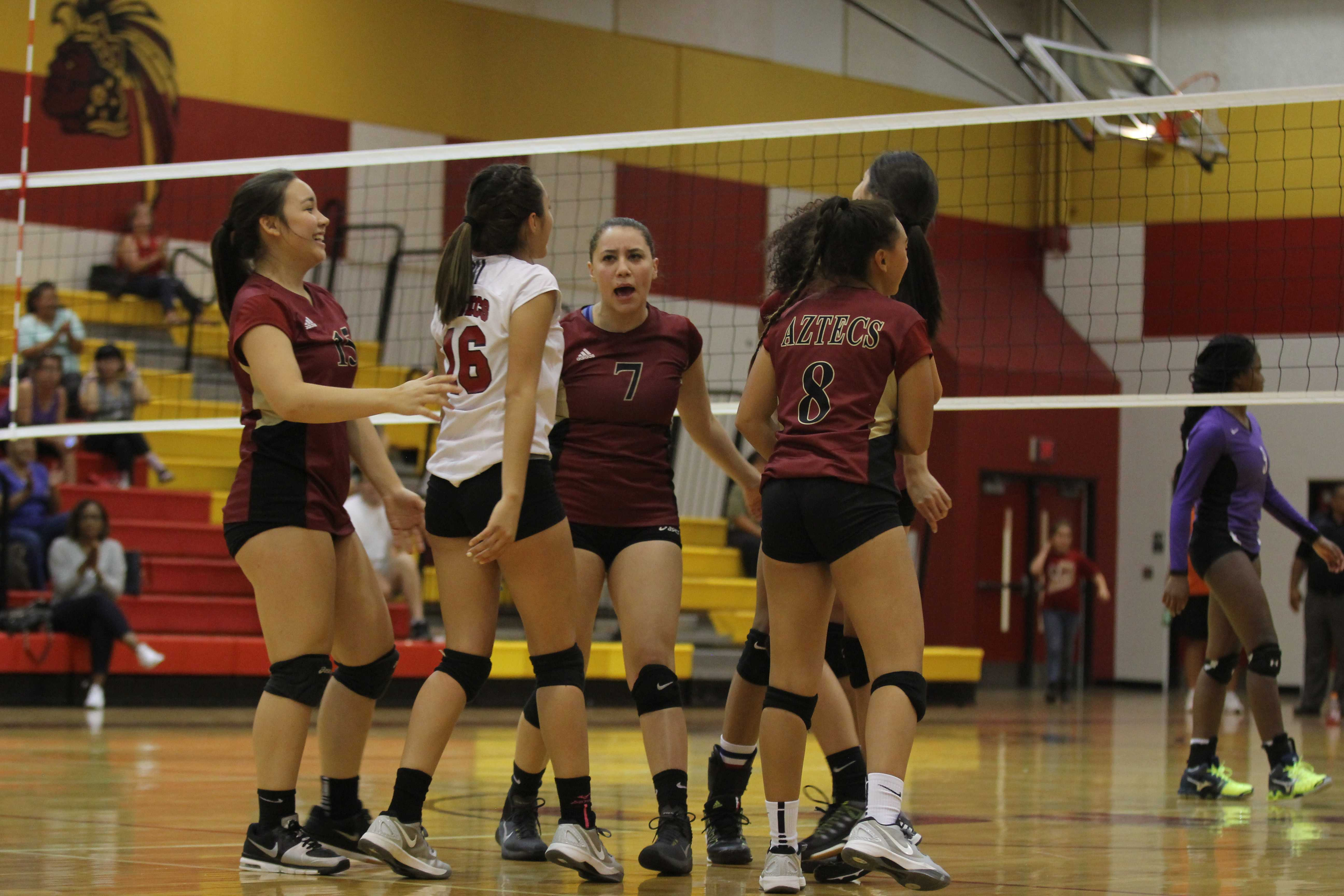 Volleyball Ladies Play Franklin Slideshow