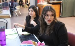 Mock Trial students prepare before their competition on Feb. 5-6 at the County Courthouse in El Paso, Texas.